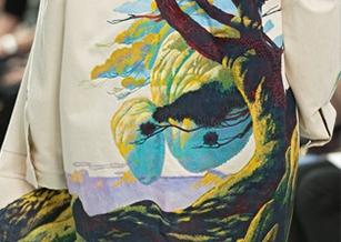 巴黎男裝周/VALENTINO攜手插畫大師 迷幻配色帶你遨遊奇幻烏托邦