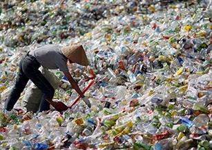 廢寶特瓶再製環保衣物大解密