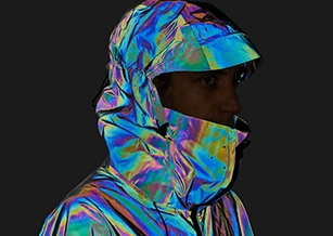 實驗戶外品牌研發新布料 機能外套變色概念源自魷魚