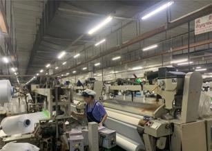 人力與機器並行 紡織產業從中下游供應鏈積極投入智慧製造