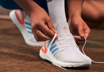 廢棄塑料變環保跑鞋!adidas PRIMEBLUE系列再生紡織科技守護大海